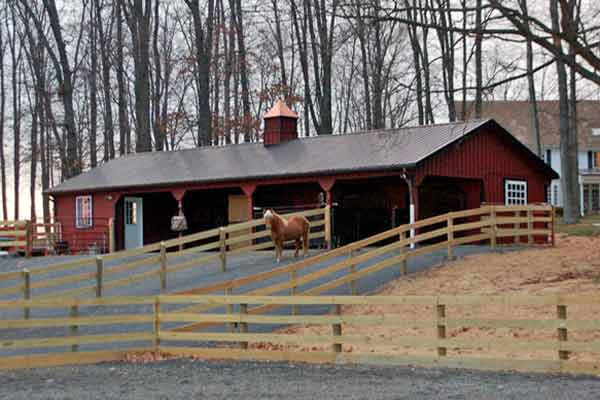 24x60 L-Shaped Modular Horse Barn, Front View