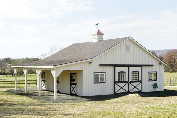 36x36 Modular Horse Barn, 10' Overhang, Front View
