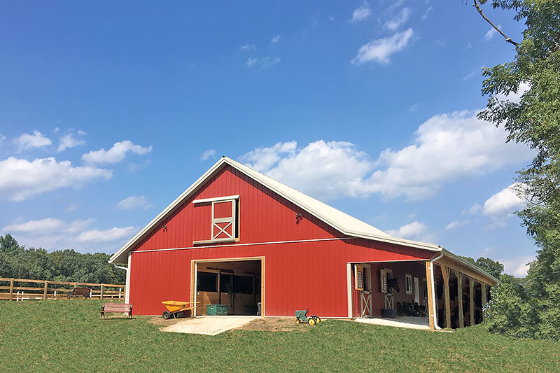 36' x 76' Modular Horse Barn with 10 Stalls